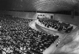Image: John Gollings The Official Opening Of The Bowl, 1959. Image: Laurie  Richards Collection, Performing