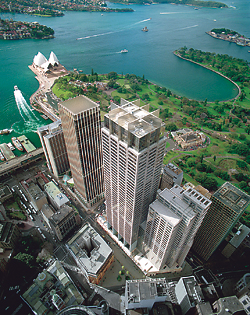 [<strong>GOVERNOR PHILLIP AND MACQUARIE TOWERS</strong>]